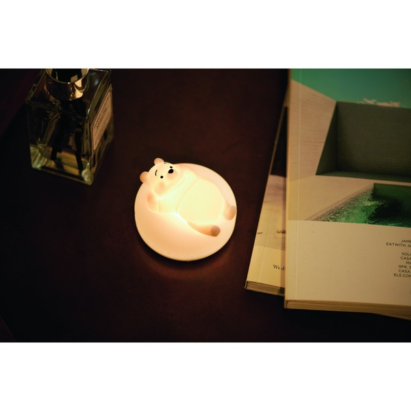 spring-2021-01-silicon-light-winnie-the-pooh